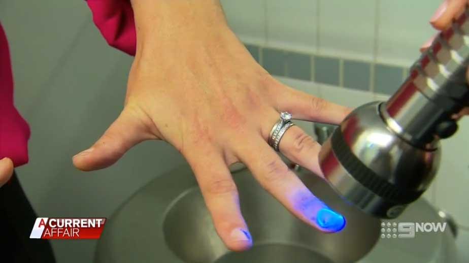 GlitterBug-UV-Handwashing-on-A-Current-Affair-2